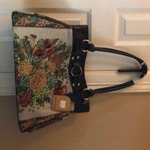 Black Mellow World Handbag